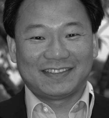 Dr Victor Chong