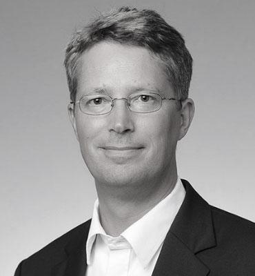 Dr Claus Cursifien