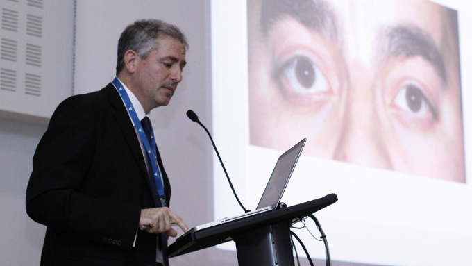 Dr Ramón Medel, the course director, will speak about lower eyelid retraction and its correction by transconjunctival midface lift – a cutting-edge technique in which he specialises.