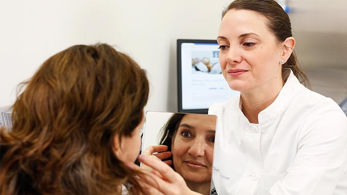 Las sustancias inductoras de colágeno aseguran la eliminación de la flacidez facial y de las arrugas presentes en el tercio inferior de la cara